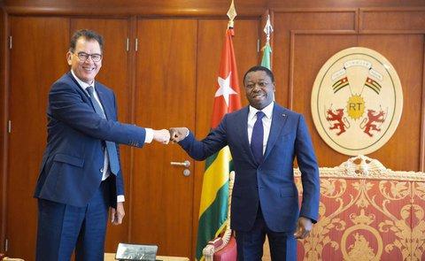 Minister Gerd Müller mit dem Staatspräsidenten von Togo,Faure Gnassingbö.