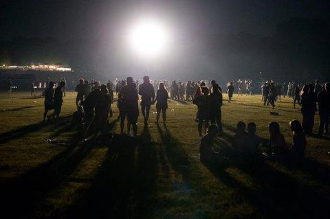 Die Hamburger Polizei räumte im Stadtpark eine Party mit 4000 Menschen.