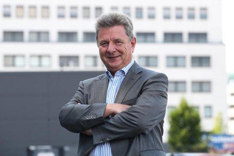 Oberbürgermeister von Magdeburg: Lutz Trümper.