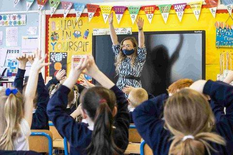 Eine dritte Schulklasse in England.
