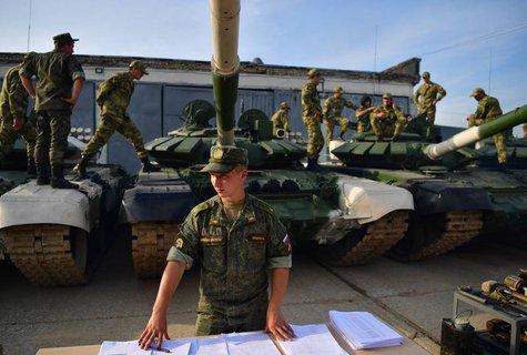 Russische Panzer während einer Übung in Moskau (Symbolbild).