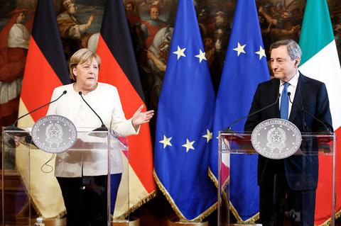 Bundeskanzlerin Angela Merkel und Italiens Regierungschef Mario Draghi
