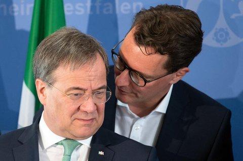 Hendrik Wüst soll Armin Laschet (l.) als CDU-Chef in Nordrhein-Westfalen ablösen.